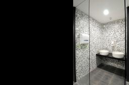 Interior design by Lovekar Design Associates for Kimberly Clark.