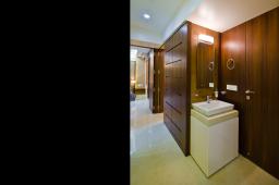 Interior design by Lovekar Design Associates for Sathe.
